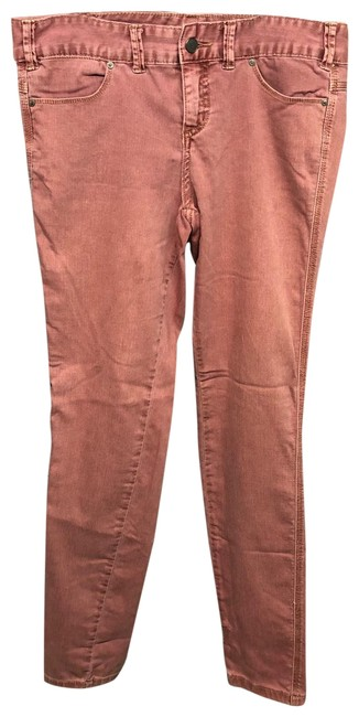 Preload https://img-static.tradesy.com/item/25433012/free-people-rosewood-stretch-cotton-28-pants-size-6-s-28-0-2-650-650.jpg