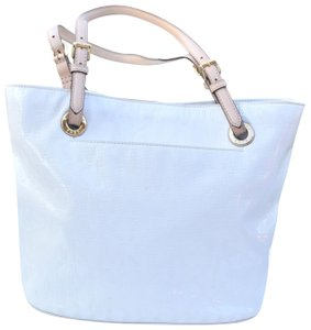 Michael Kors Tote in white, cream