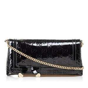 aee4bb40a696cb Gucci Shoulder Bags - Up to 70% off at Tradesy (Page 4)