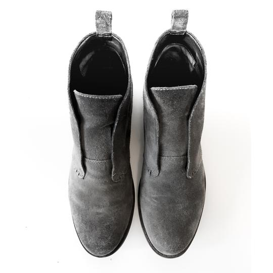 Franco Sarto Comfortable Slip On Round Toe Stacked Heel Leather Grey Suede Boots Image 4