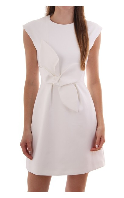 Preload https://img-static.tradesy.com/item/25433799/ted-baker-new-white-london-ppollyd-bow-polly-short-cocktail-dress-size-6-s-0-8-650-650.jpg