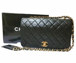 39103695c998 Chanel Shoulder Bags on Sale - Up to 70% off at Tradesy