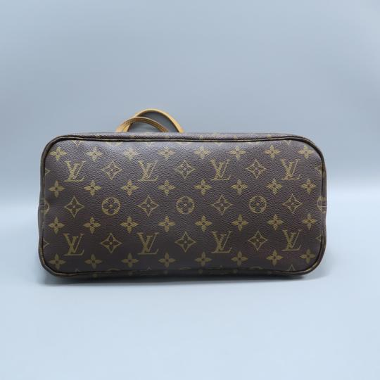 Louis Vuitton Lv Neverfull Mm Canvas Shoulder Bag Image 3