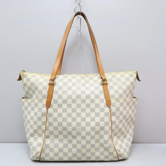 Louis Vuitton Lv Damier Azur Totally Gm Shoulder Bag Image 1