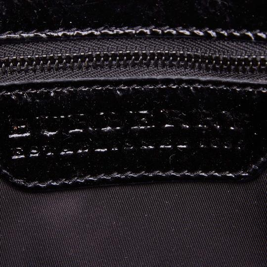 Burberry 9dbuto015 Vintage Nylon Patent Leather Tote in Black Image 5