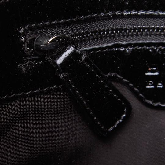 Burberry 9dbuto015 Vintage Nylon Patent Leather Tote in Black Image 6