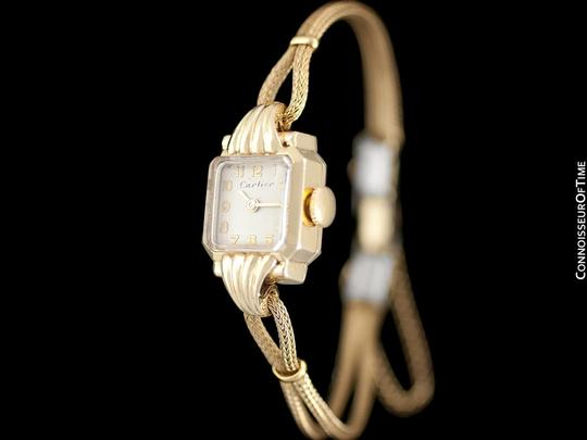 Cartier 1940's Cartier Vintage Classic Ladies Handwound Watch - 14K Gold Image 1