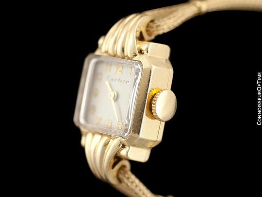 Cartier 1940's Cartier Vintage Classic Ladies Handwound Watch - 14K Gold Image 3