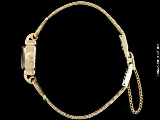 Cartier 1940's Cartier Vintage Classic Ladies Handwound Watch - 14K Gold Image 5