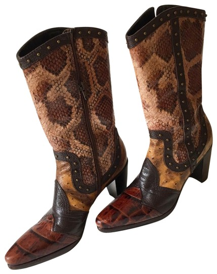 Preload https://img-static.tradesy.com/item/25434360/stuart-weitzman-multi-leather-bootsbooties-size-us-8-regular-m-b-0-1-540-540.jpg