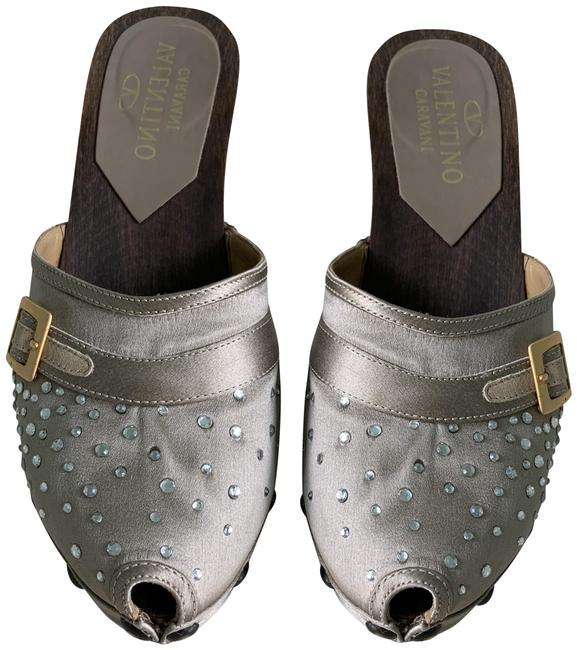 Item - Light Taupe Satin and Crystal Mules/Slides Size EU 38 (Approx. US 8) Regular (M, B)