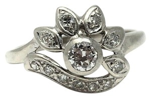 Other 14k White Gold .2ct Center Stone Floral Diamond Ring Size 9.5
