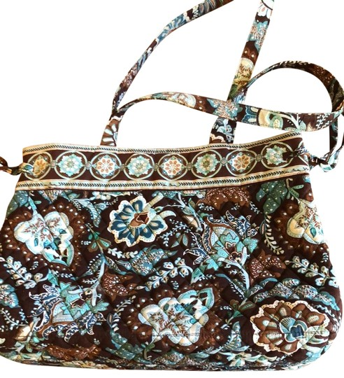 Preload https://img-static.tradesy.com/item/25434892/vera-bradley-paisley-blue-brown-weekendtravel-bag-0-1-540-540.jpg