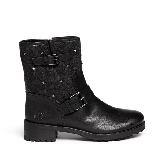 Preload https://item1.tradesy.com/images/tory-burch-black-stud-chrystie-leather-flannel-moto-ankle-bootsbooties-size-us-9-regular-m-b-25434950-0-1.jpg?width=440&height=440
