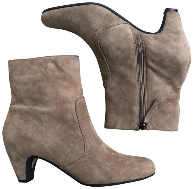 Item - Beige Maddie Suede Ankle Boots/Booties Size US 6.5 Regular (M, B)