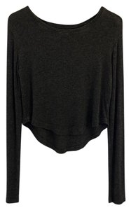 Brandy Melville Crop Crop Long Sleeve Sweater