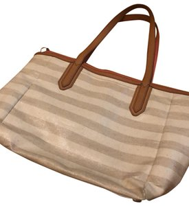 Fossil Tote in cream and beige