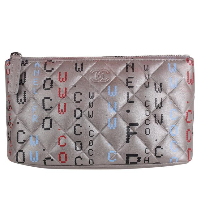 Item - Silver Clutch Leather 7413 Cosmetic Bag