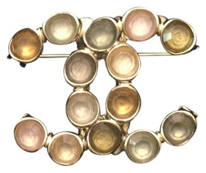 Chanel 18c Brooch