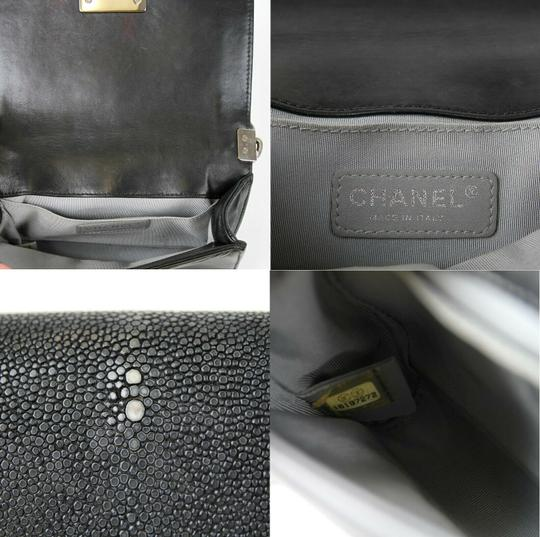 Chanel Stingray/Leather Small Cross Body Bag Image 11