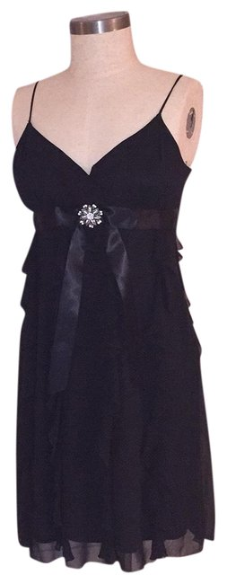 Item - Black Baby Doll Ruffle Mid-length Cocktail Dress Size 14 (L)
