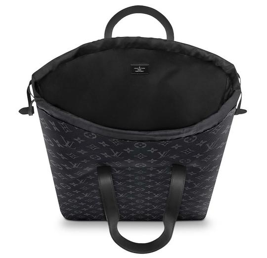 Louis Vuitton Tote in Black Image 2