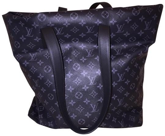 Louis Vuitton Tote in Black Image 4