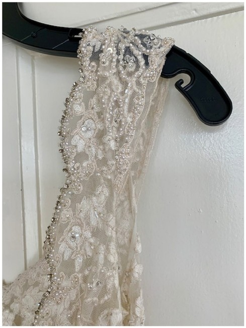 Item - Gold Ivory Lace Couture C327 Feminine Wedding Dress Size 6 (S)