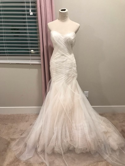 Bliss by Monique Lhuillier Tulle Mermaid Gown Formal Wedding Dress Size 6 (S) Image 1