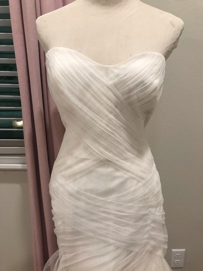 Bliss by Monique Lhuillier Tulle Mermaid Gown Formal Wedding Dress Size 6 (S) Image 2