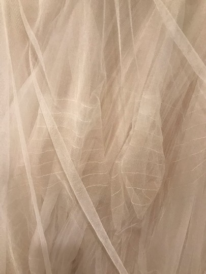 Bliss by Monique Lhuillier Tulle Mermaid Gown Formal Wedding Dress Size 6 (S) Image 3