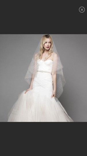 Bliss by Monique Lhuillier Tulle Mermaid Gown Formal Wedding Dress Size 6 (S) Image 6