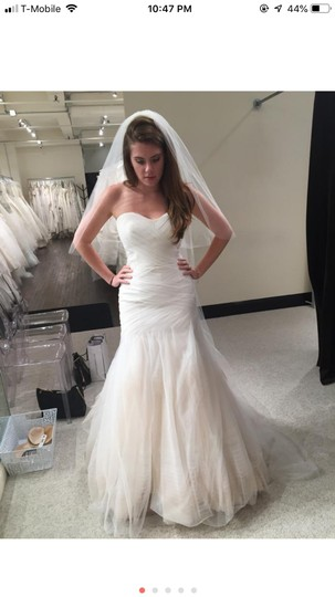 Bliss by Monique Lhuillier Tulle Mermaid Gown Formal Wedding Dress Size 6 (S) Image 7
