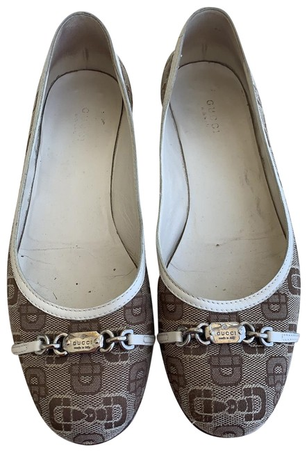 Item - White Brown Logo Flats Size EU 39.5 (Approx. US 9.5) Regular (M, B)