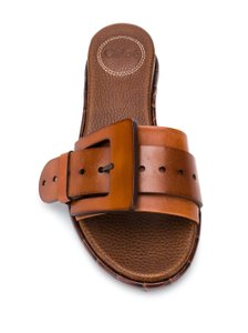 Chloé Calfskin Leather Willy Willy Mustang Brown Sandals