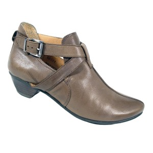 Fidji Portugal Leather Peter Taupe Boots