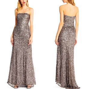 Adrianna Papell Silver Beaded Mermaid Platinum Strapless Train Gown Formal Bridesmaid/Mob Dress Size 8 (M)