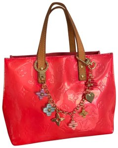 Louis Vuitton Tote in coral pink
