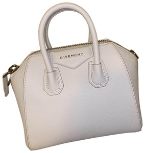 da49d20a1e0 Givenchy Bags on Sale - Up to 70% off at Tradesy