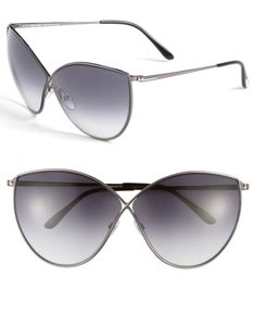 51377ebe3571 Tom Ford Sunglasses on Sale - Up to 70% off at Tradesy