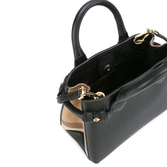 Burberry Tote in black Image 2