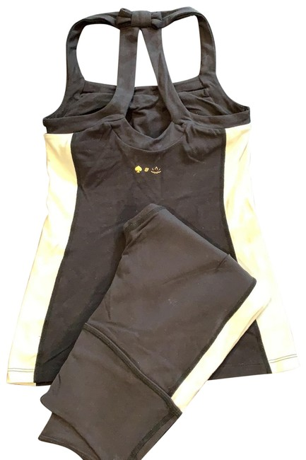 Item - Black and White Yoga/Kate Edition Set Activewear Sportswear Size 4 (S)