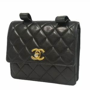 e8146f74a46e Chanel Fanny Packs - Up to 70% off at Tradesy (Page 2)