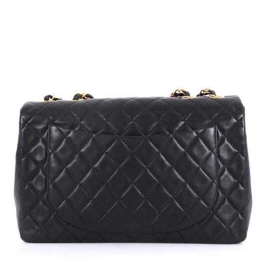 Chanel Leather Shoulder Bag Image 3