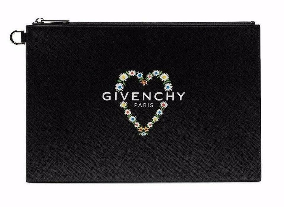 5981673303c Givenchy Leather Rectangular Zippered Made In Italy Logo Patch Black Clutch  Image 0 ...