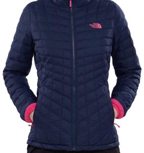 6f76b79be The North Face The North Face Women Thermoball Jacket In urban Navy