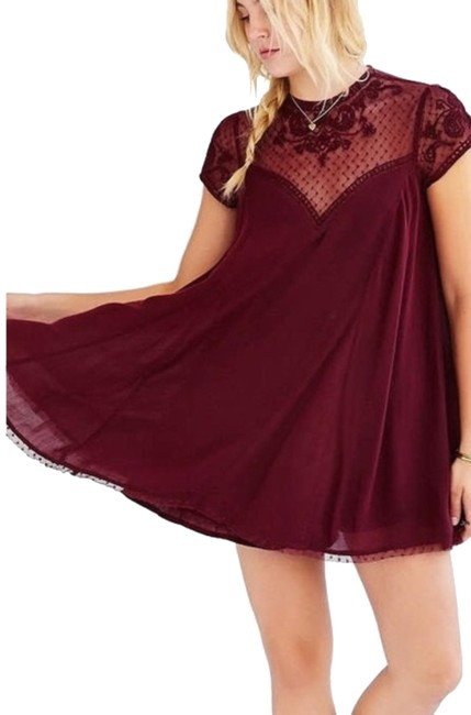 Item - Maroon Urban Outfitters Boho Short Casual Dress Size 8 (M)
