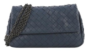 Bottega Veneta Crossbodybag Leather Cross Body Bag