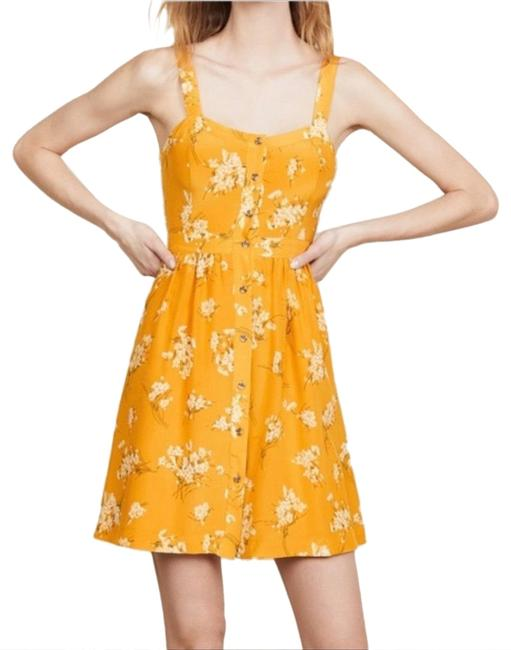 Preload https://img-static.tradesy.com/item/25457034/madewell-yellow-silk-fleur-bow-back-butterfly-garden-floral-mid-length-short-casual-dress-size-10-m-0-1-650-650.jpg