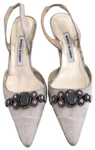 fa6b39367f Manolo Blahnik on Sale - Up to 70% off at Tradesy